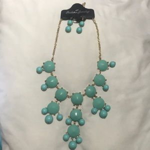 Aqua Bubble Statement necklace with earrings